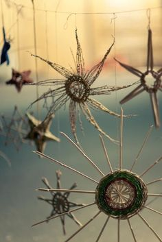 La Maison Boheme. Weaving dream catchers