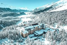 Hotel mit privatem Skilift: Suvretta House - The Chill Report Mount Everest, Chill, Mountains, Nature, House, Travel, Outdoor, Winter Vacations, Luxury