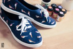 DIY Parrot print shoes Could do just about any pattern/animal