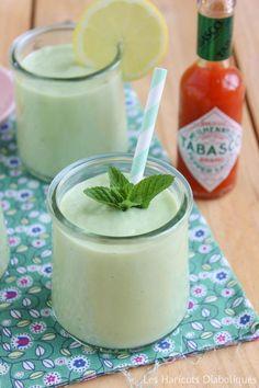 TESTED Soupe froide avocat concombre -> Bon et la Veille. Attention à l'ail !
