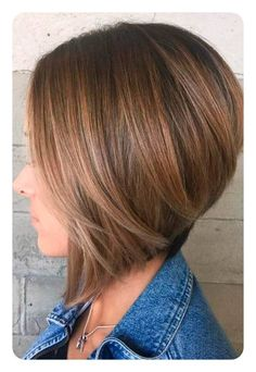 98 Amazing Inverted Bob Haircuts for Women, 99 Stunning Inverted Bob Hairstyles to Try This Season, Alluring Inverted Bob Haircut Ideas 2017 Several Ways Pulling F An Inverted Bob, Different Chin Length Bob Haircuts Women Hairstyles. Bob Haircut For Fine Hair, Line Bob Haircut, Bob Hairstyles For Fine Hair, Hairstyles Haircuts, Curly Haircuts, Aline Haircuts, Latest Hairstyles, Black Hairstyles, Inverted Bob Hairstyles
