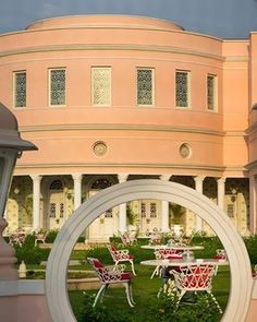Peace in the middle of city! The upper lawns at Rajmahal Palace, Jaipur @relaischateaux