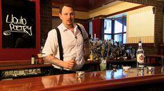 Hier zeigt euch Frederik, wie man einen MOJITO zubereitet! #cheers #watchandshake #mojito #cocktailkurs #prost https://www.youtube.com/watch?v=JlfBGdweHy4