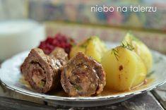 Zarazy zawijane, najlepszy polski przepis na dobre, kruche mięsne roladki. Tradycyjnie podawane w sosie, z dodatkiem ogórka i przeważnie - kaszy.