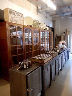 Vintage koelkast werkbank