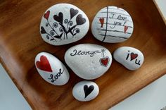 """set """"love and hearts"""" ~ pebbles from Portugal, hand painted by Sabine Ostermann Stone Art Painting, Heart Painting, Pebble Painting, Pebble Art, Rock Painting, Diy Painting, Mandala Painted Rocks, Hand Painted Rocks, Painted Stones"""