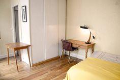 Bright and quiet studio apartment in Paris - $142/two nights