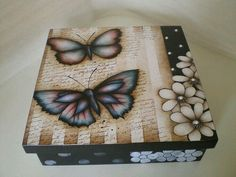 Caja decorada Decoupage Box, Decoupage Vintage, Altered Cigar Boxes, Painted Wooden Boxes, Diy And Crafts, Paper Crafts, Diy Gift Box, Wooden Shapes, Country Paintings