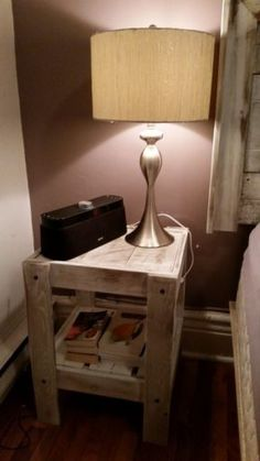 Reclaimed wood and pallet wood night table
