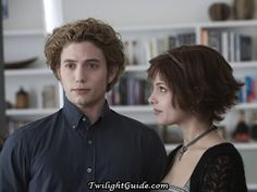 Alice and Jasper are so cute together:))