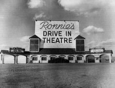 Ronnie's Drive-In  Sappington, Missouri     What great memories!