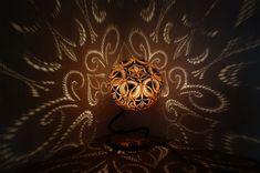 lampe curl kalebasse k rbislampe ausgefallene lampen lichtquelle und lackieren. Black Bedroom Furniture Sets. Home Design Ideas