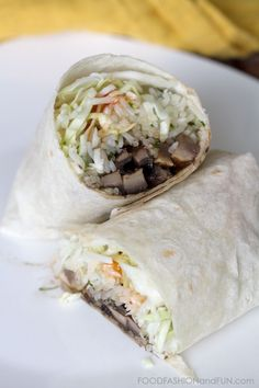 Grilled Portabella Mushroom Wrap {Via @Beth from FoodFashionandFun.com}