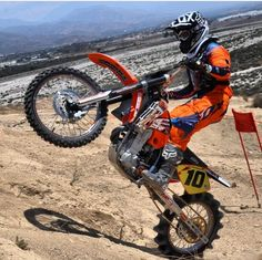 Brandon Whitlock showing off with the Torque HD camera goggles.