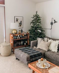 30 Awesome Cozy Living Room Decor Ideas For Wintertime Living Room Decor Cozy, Home Living Room, Apartment Living, Christmas Inspiration, Room Inspiration, My New Room, Christmas Home, Modern Christmas, Xmas