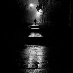 Solitude is a state of being alone without being lonely and can lead to self-awareness. Below we present 35 Fabulous Collection of Solitude Photos. Dark Photography, Black And White Photography, Street Photography, Dark City, White Aesthetic, Dark Places, Nocturne, Black Wallpaper, Light And Shadow
