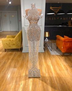 Uploaded by H. Find images and videos about fashion, style and dress on We Heart It - the app to get lost in what you love. Fancy Wedding Dresses, Prom Girl Dresses, Glam Dresses, Prom Outfits, Event Dresses, Fashion Dresses, Stunning Dresses, Pretty Dresses, Beautiful Outfits