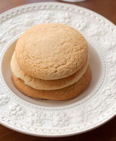 Southern Teacakes old fashioned southern tea cakes - I have looked for an authentic recipe for tea cakes.old fashioned southern tea cakes - I have looked for an authentic recipe for tea cakes. Tea Cake Cookies, Cupcake Cakes, Cupcakes, Sugar Cookies, Giant Cookies, Drop Cookies, Old Fashioned Tea Cakes, Cookie Recipes, Dessert Recipes