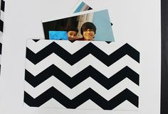 {Tutorial} Envelope e luva plástica para álbum - Na Estante