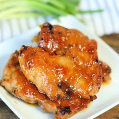 Crock Pot Apricot Chicken Recipe is sweet and savory. Apricot preserves combine with soy sauce and ginger for chicken you can't resist. Try this easy meal. Super Healthy Recipes, Healthy Crockpot Recipes, Slow Cooker Recipes, Crockpot Dishes, Meat Recipes, Dinner Recipes, Apricot Chicken Slow Cooker, Slow Cooker Chicken, Chips Ahoy