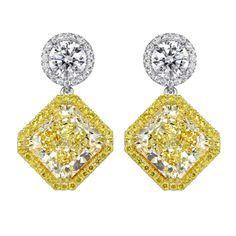 Yellow & White Diamond Earrings. Spectacular !!