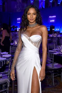 Lais Ribeiro in a Silver White Slingback Sandals Attending the AmfAR 2020 New York Gala New York, Autumn Winter Wedding Dress Gallery, Wedding Dress Trends, Black Wedding Dresses, Dress Wedding, Wedding Bride, Dresses For Teens, Cute Dresses, Prom Dresses, Formal Dresses