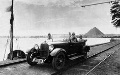 Pyramids - egypt 1920