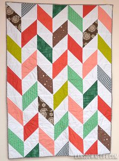 half square triangle quilt patterns | The herringbone pattern was inspired by this grey and white quilt ...