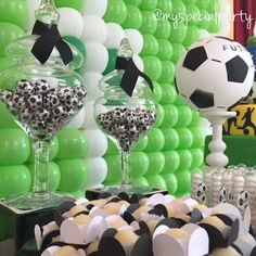 We Heart Parties is a community website to share easy party ideas. Find inspiration for birthday parties, baby showers, bridal showers, graduation parties, first birthday parties and more. Soccer Birthday Parties, Soccer Party, Dad Birthday, Soccer Baby Showers, Pendant Banner, Gender Party, Heart Party, Bar Mitzvah, Birthday Decorations