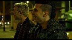 S : Tiè fuma. A : Ancora con sta cosa? Me fa schifo dai. S : Oh è na cannetta, mica è droga eh... Ti potresti rilassà ogni tanto, sempre con sto muso! A : Sembra buona per essere degli zingari... S : ....de merda. A : Bravo. S: Infatti la piglio da n'altra parte. ♥