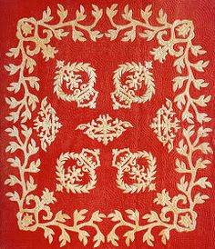 Artists Unknown: Na Kalaunu Me Ka Lei Maile [Crowns and Maile Lei] Quilt (ca. Featured at Art Quill Studio: Hawaiian Quilts Hawaiian Quilt Patterns, Hawaiian Pattern, Hawaiian Quilts, Antique Quilts, Vintage Quilts, Applique Designs, Quilting Designs, Flag Quilt, Two Color Quilts