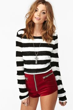 In Line Crop Knit in Sale at Nasty Gal
