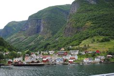 Fotografía: Amparo Vinuesa- Fiordo Sogne Bergen, Oslo, Tour, Dolores Park, Travel, Scandinavian, Stockholm, Cruise, Vacations