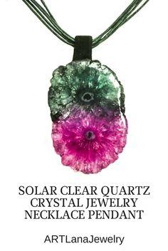 #quartz #necklace #pendant #quartzcrystal #jewelrypendants #jewelrywomen #pendantnecklace #longjewelry #bohojewelry  #boho #necklacestones #artlanajewelry #etsy