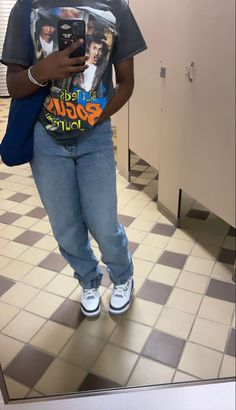 Swag Outfits For Girls, Teen Fashion Outfits, Fall Outfits, Cute Braces Colors, Black Girl Fashion, Everyday Outfits, Streetwear Fashion, T Shirt, Clothes