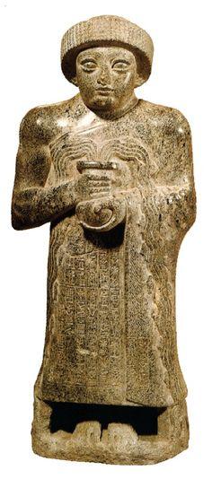 Gudéia do copo que vaza, Século XXII a.C., Museu do Louvre, Paris.