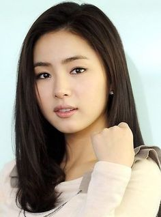 Perfect sophisticated k-drama makeup. Kiss Beauty, Cute Beauty, Korean Beauty, Asian Beauty, Gal Gardot, Shin Se Kyung, Prity Girl, Hot Japanese Girls, Asian Celebrities