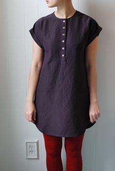 Una idea para reciclar unas camisas de hombre de algodón talla XXL, los botones llegarían hasta abajo.
