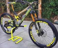 Velo Biking, Bike Trails, Mtb Enduro, Montain Bike, Mt Bike, Downhill Bike, Bicycle Maintenance, Cool Bike Accessories, Bike Seat