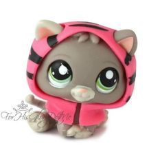 ✵Littlest Pet Shop✵1607✵GRAY BABY KITTEN KITTY CAT✵PINK HOODIE ACCESSORY✵GREEN✵ One of my favorites!