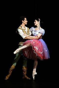 Vanessa Zahorian in San Francisco Ballet's Coppelia