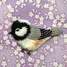 アップリケワッペン シジュウカラ 小鳥左向き2枚 W-0369