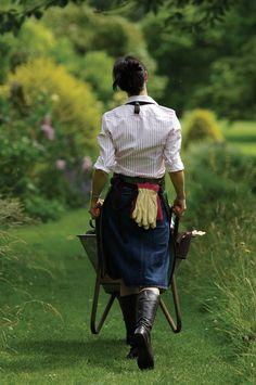 Gardening outfit via Bradleys Tannery Country Girls, Country Living, Country Style, Country Charm, Lifestyle Fotografie, Style Anglais, Wheelbarrow, Farm Life, My Dream