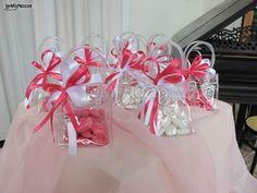 http://www.lemienozze.it/operatori-matrimonio/bomboniere/confetti-bomboniere-matrimonio-milano/media/foto/14 Borsettine porta confetti per le bomboniere matrimonio
