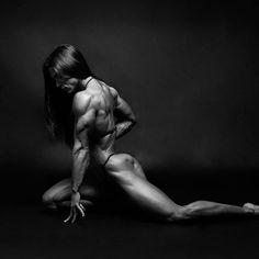 Fitness bellezas entrenamiento desnudo femenino real