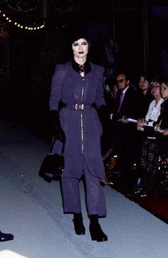 Jean Paul Gaultier Spring 1995 Ready-to-Wear Fashion Show - Isabella Rossellini
