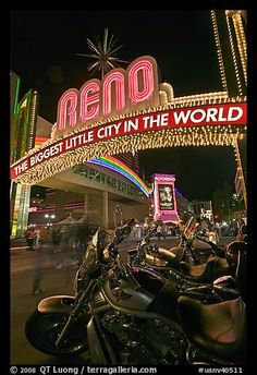 neon signs at night | Picture/Photo: Motorbikes and neon sign at night. Reno, Nevada, USA