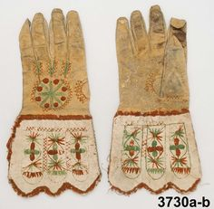 Handskar, Brudhandske  Produktion 1750 - 1799 1700-TALET Brukningsort: Sverige (SE)  Värmland  Jösse hd Identifier NM.0003730A-B Nordiska museet