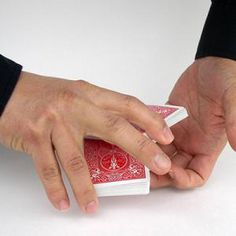8 Fundamental Sleight of Hand Tricks Every Beginner Should Master: The Pivot Cut