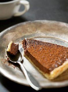 Kahvilla maustettu suklaatorttu